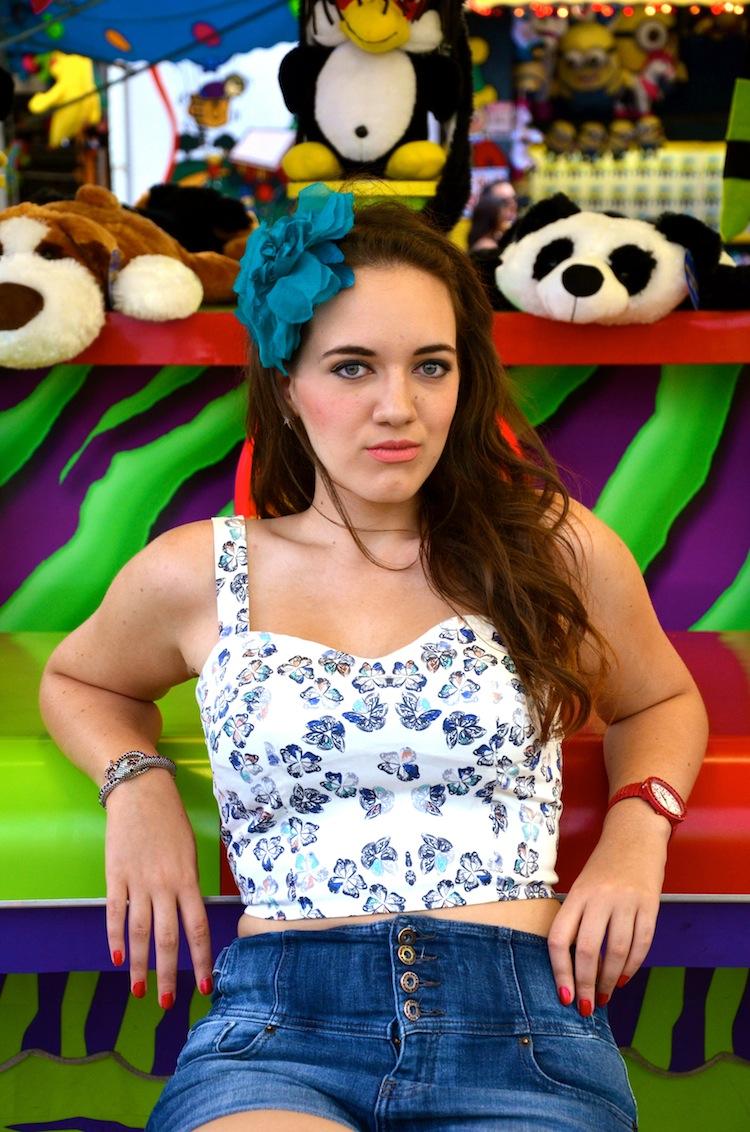 sage carnival pose