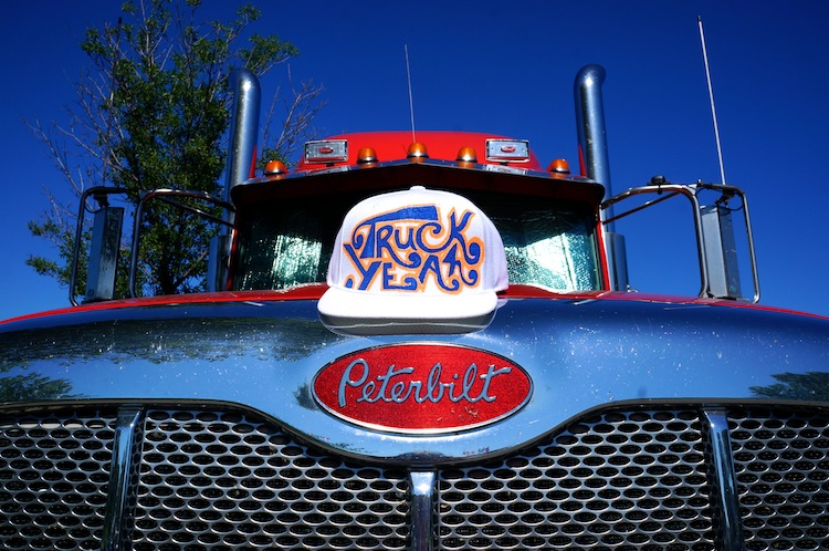 truck yeah hat peterbilt