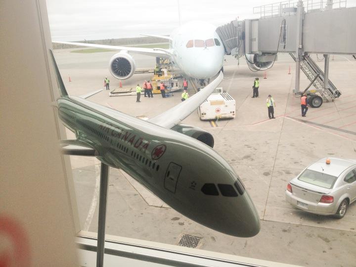 air_canada_dreamliner_first_flight_2014