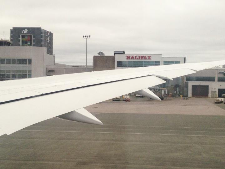 boeing_dreamliner_air_canada_halifax_first_flight