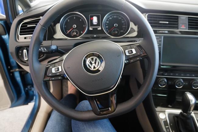 volkswagen_golf_2015_experience_sage_14