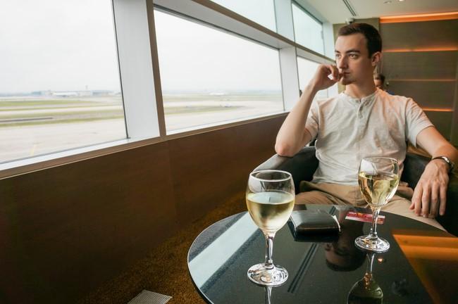al_premium_lounge_toronto_pearson_airport