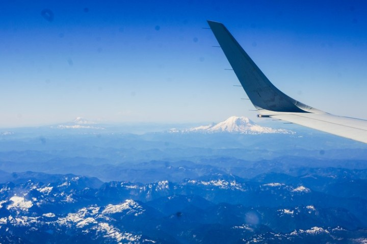 mount_rainier_seattle_aerial_view