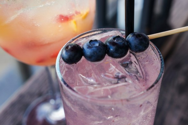 bicycle_thief_cocktails_blueberry_sangria