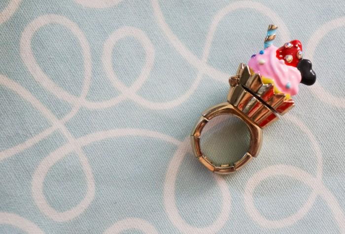 Betsey Johnson ice cream ring