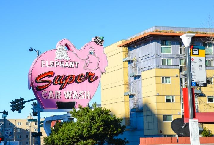 super_elephant_car_wash_seattle