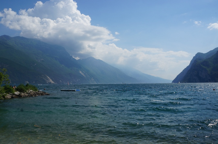 italian_beach_day_riva_del_garda_sage_9