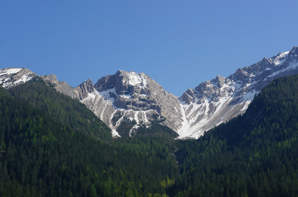 sights_around_italy_may_2015_snow_capped_mountain