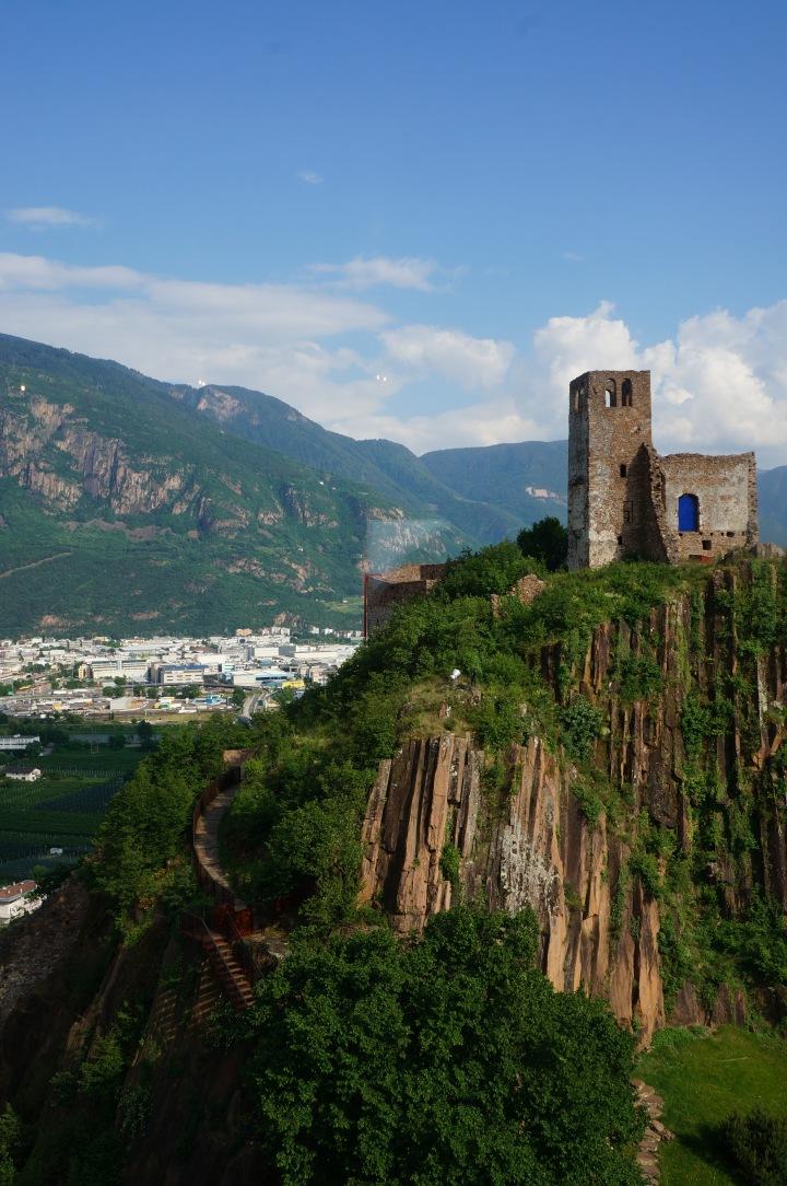 italy_firmiano_castle_bolzano