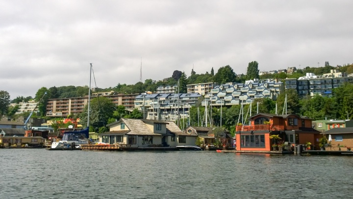 lake_washington_sleepless_in_seattle_boat_house_trendy_techie