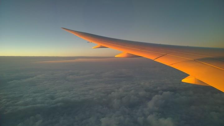 dreamliner_boeing_797_wing_sunset