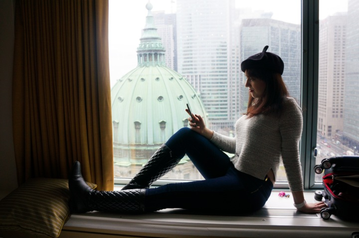 montreal_skyline_trendy_techie_windowsill