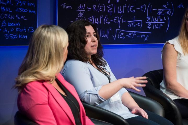 perimeter_institute_inspiring_future_women_in_science_2016_mina_arvanitaki