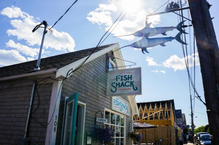 lunenburg_south_shore_fish_shack_nova_scotia_trendy_techie_travel_1