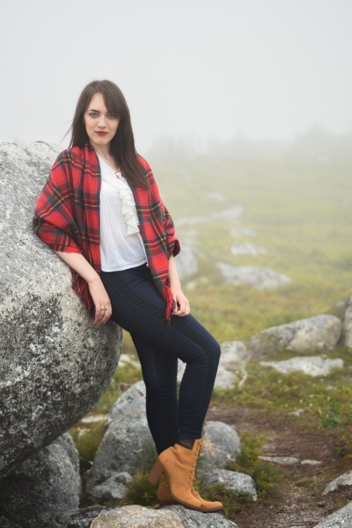 trendy_techie_photopathic_red_tartan_timberland_misty_photoshoot_1