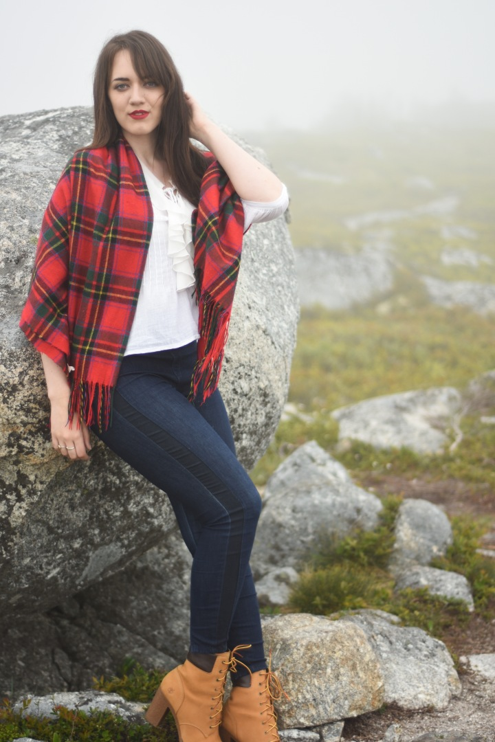 trendy_techie_photopathic_red_tartan_timberland_misty_photoshoot_2