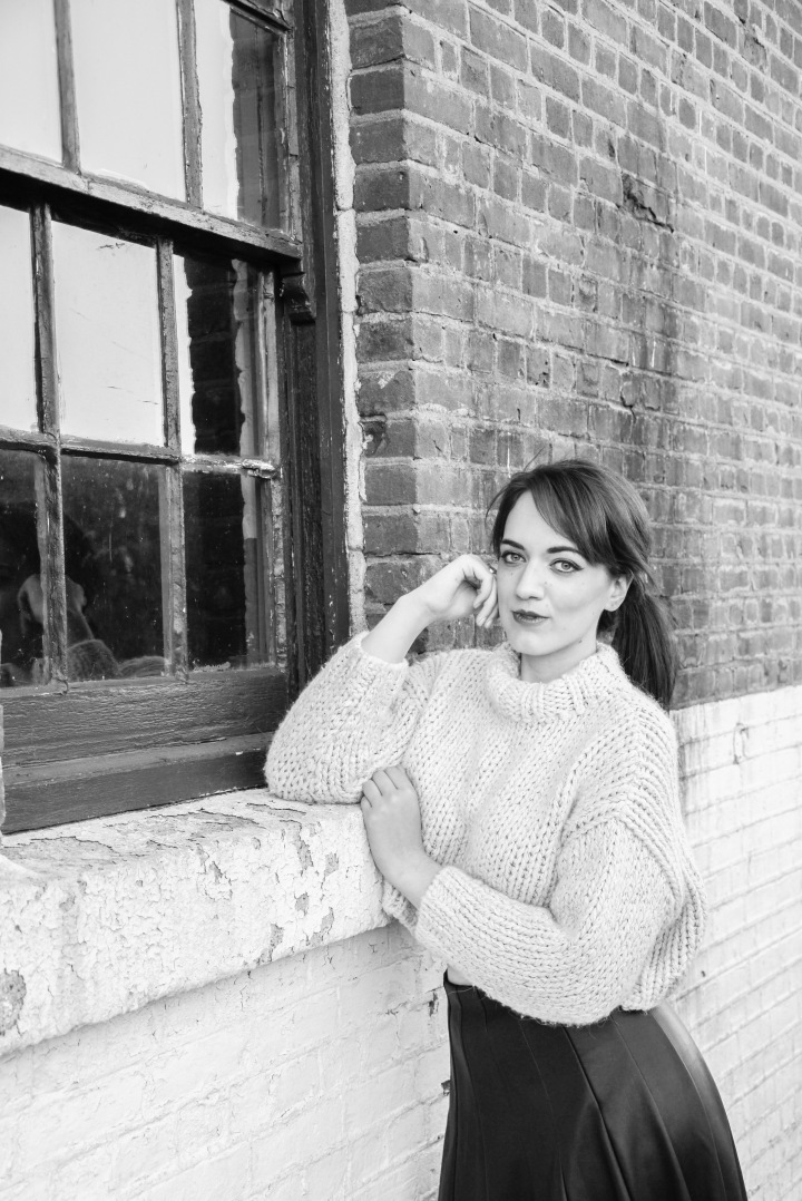 fall_wool_turtleneck_trendy_techie_photopathic_3_bw