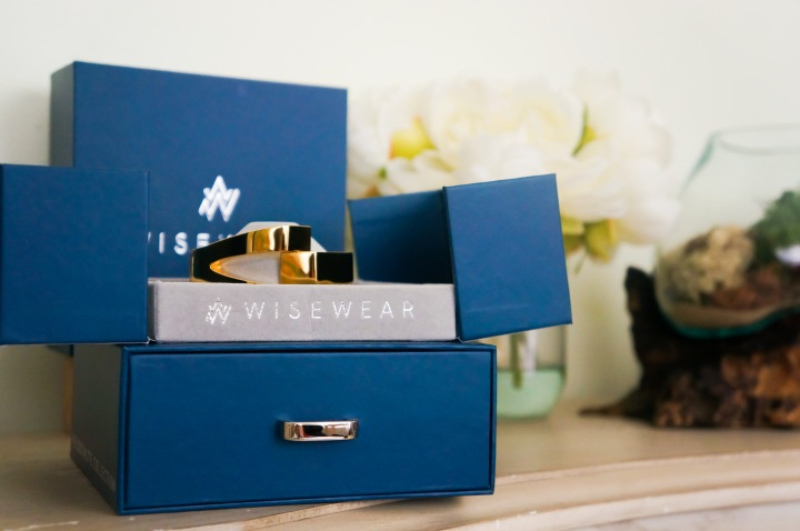 WiseWear Socialite Review: The Discreet Safety Wearable for Women